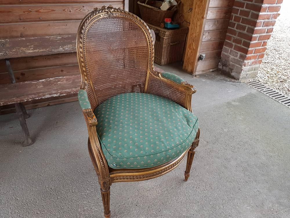 fauteuil de style louis xvi bois dore