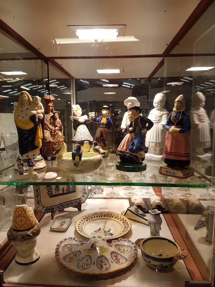 Brocante Saint Michel Plozevet porcelaine henriot