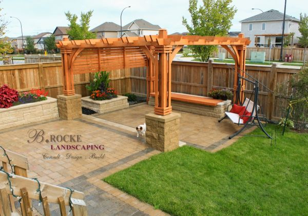 privacy screens . rocke landscaping