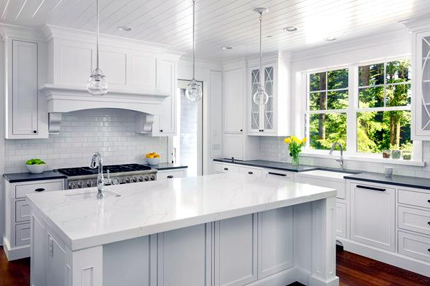 The all-white kitchen: Pros and cons | Broderick Builders