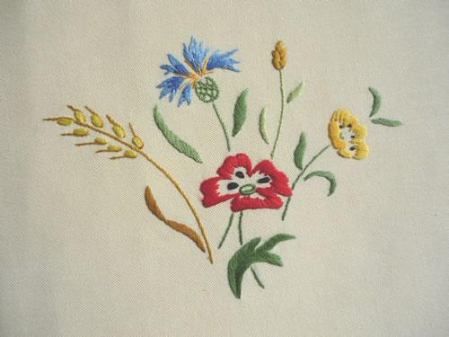 motif de fleur a broder gratuit