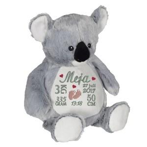 En härlig koala som heter Kory, med plats för en stor personlig brodyr på magen.