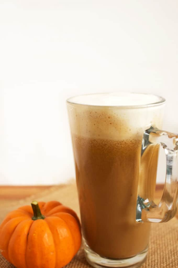 Vegan Pumpkin Spice latte - This is the best sweater weather drink. And now it just got better, it got vegan better ! This my Vegan Pumpkin Spice Latte -Idrisstwist.com