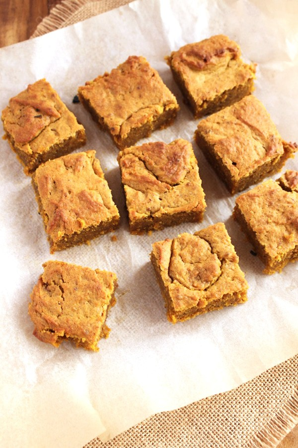 pumpkin-spice-blondies-1