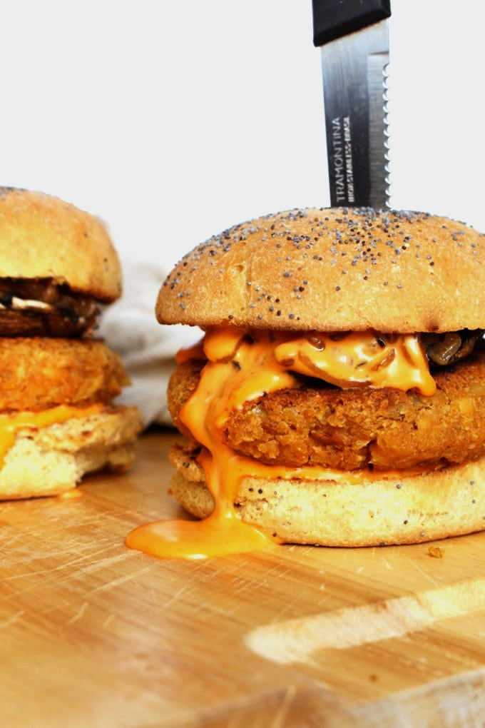 Protein Packed Red Lentil Vegan Burger – Easy Lentil Vegan Burger recipe that'll make you forget for a while about all the meaty burgers you have known so far.