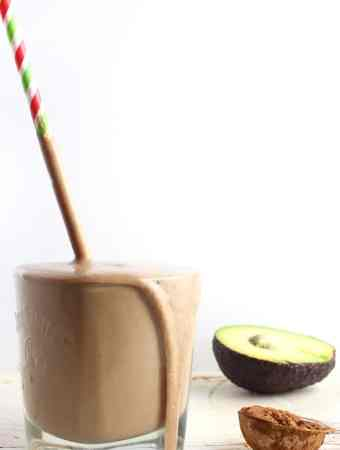 Breakfast Keto Smoothie Recipe - Go from hungry to satiated with this awesome vegan keto smoothie recipe!