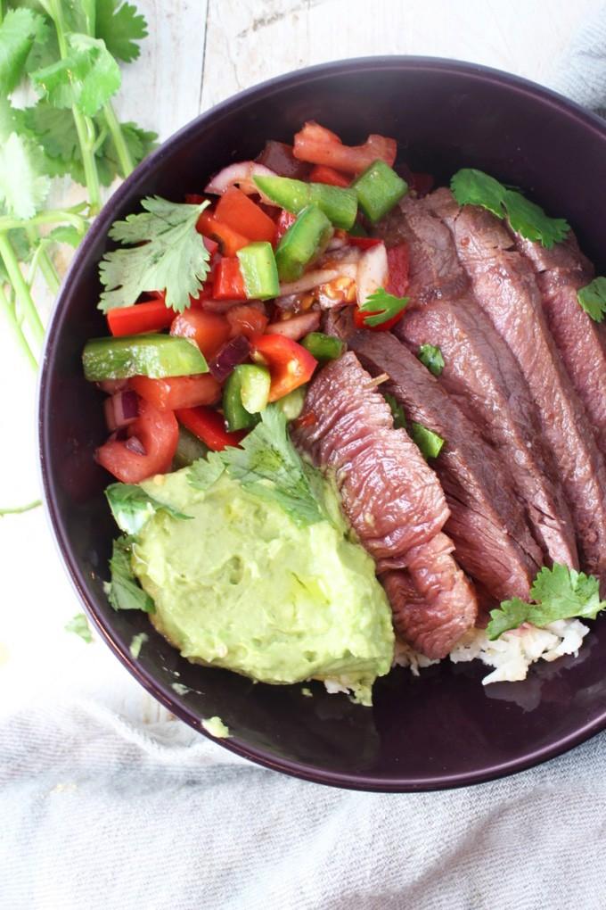 Keto Burrito Bowl Recipe - Made with Steak and Cauliflower rice along with a low-carb pico de gallo.