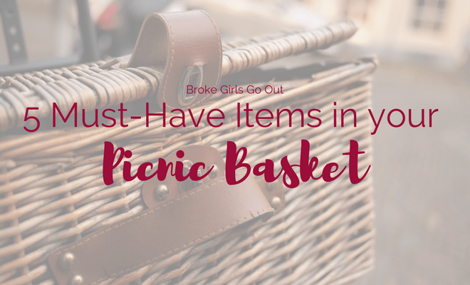 5 must-have items in your picnic basket