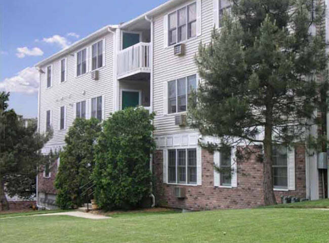 Summitwoods apartments