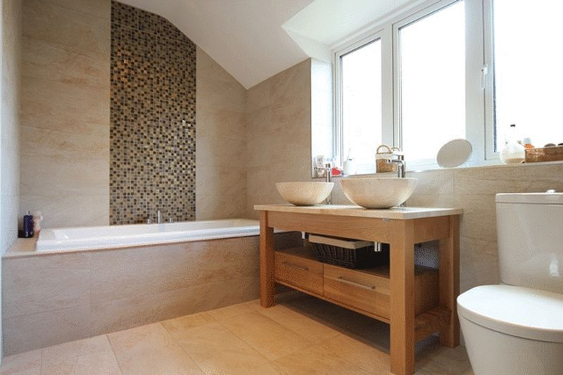 https://i0.wp.com/www.bromilowarchitects.co.uk/wp-content/uploads/2017/02/Cedarway-bathroom.jpg?fit=800%2C533