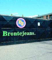 """BRONTE: LA """"BRONTE JEANS"""" METTE 177 OPERAI IN MOBILITA'"""