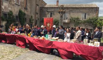 BRONTE OGGI A GUSTARE SICILIA SULL'EMITTENTE ANTENNA SICILIA