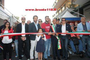 """BRONTE: APERTA LA SAGRA DEL PISTACCHIO 90 STAND E LO """"SHOW COOKING"""""""