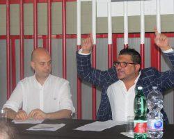 PALASPORT DI ACIREALE, TORNA AL COMUNE RISCHI PER I CONCERTI; LE REAZIONI