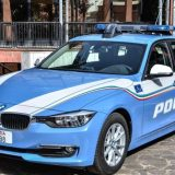 """ADRANO: POLIZIA """"BECCA"""" UN EVASO E GLI TROVA ADDOSSO DEI GRIMALDELLI"""