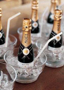 mini champagne bottels