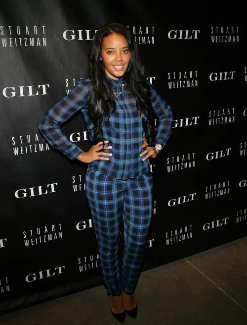 Angela Simmons in plaid