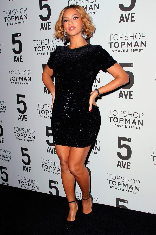 Beyonce at Topshop Bash in NYC2