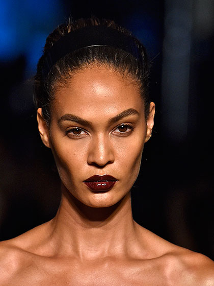 Joan Smalls glossy-cherry-lips