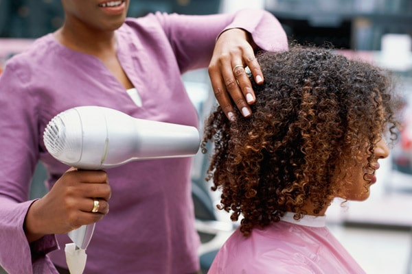 hair-stylist-600x400