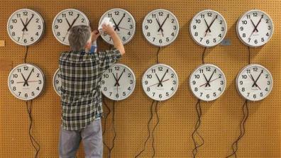 clocks_16x9