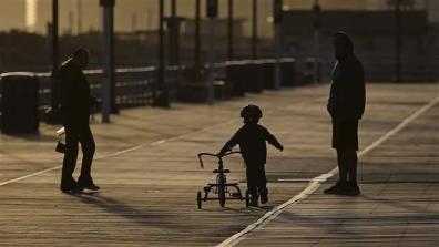 child_bicycle001_16x9