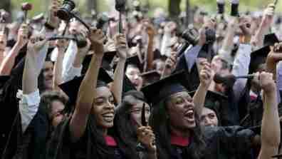 graduation018_16x9