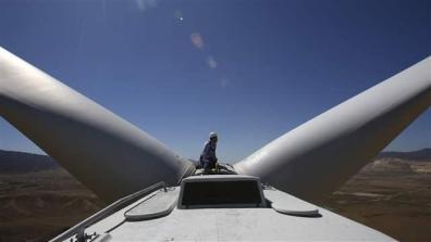 california_windfarm001_16x9