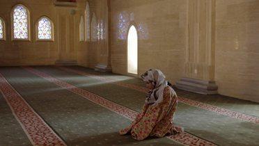 chechen_mosque001_16x9