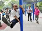 elderly_stunts001