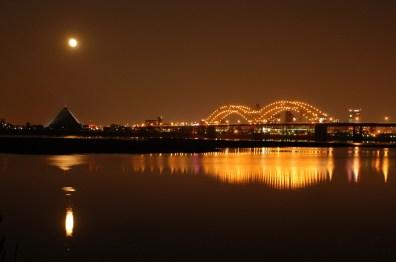 memphis bridge over mississippi