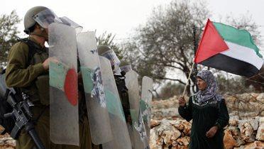 palestinian_woman003_16x9