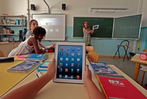 Mobile Learning Transforming Education Engaging Students