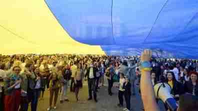ukraine_rally_16x9