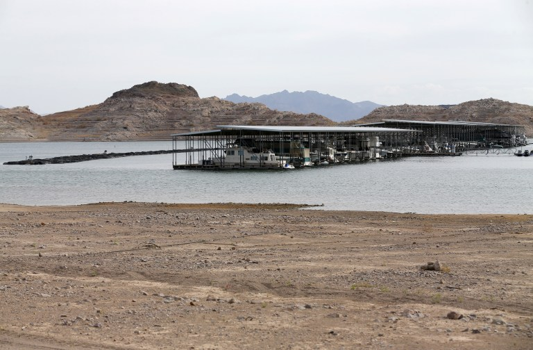 The effect of a prolonged drought in the Western United States can be seen at a marina on Lake Mead in Nevada May 6, 2015. REUTERS/Mike Blake