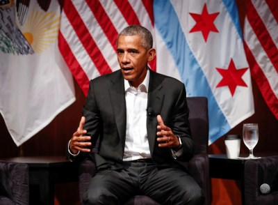 Former U.S. President Barack Obama speaks during a meeting with youth leaders at the Logan Center for the Arts at the University of Chicago to discuss strategies for community organization and civic engagement in Chicago, Illinois, U.S., April 24, 2017. REUTERS/Kamil Krzaczynski - RTS13Q4A