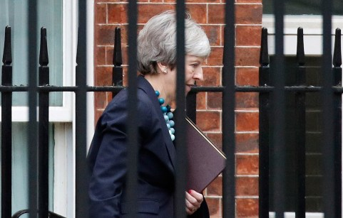 Britain's Prime Minister Theresa May leaves Downing Street in London, Britain, December 10, 2018. REUTERS/Phil Noble - RC1CFF23B4E0