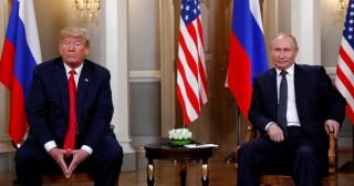 U.S. President Donald Trump meets with Russian President Vladimir Putin in Helsinki, Finland, July 16, 2018.     REUTERS/Kevin Lamarque - RC1B98296400