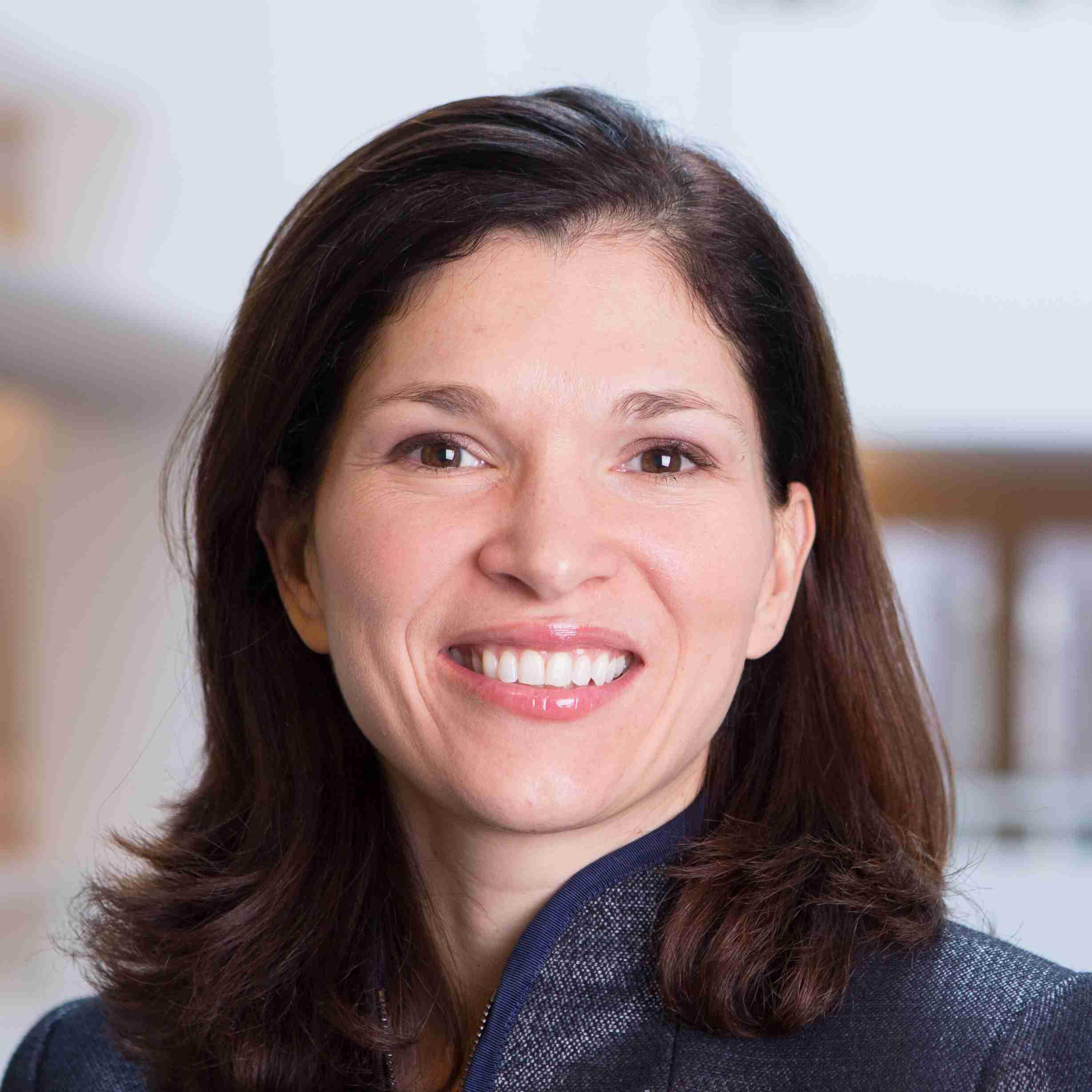 Laura Alfaro