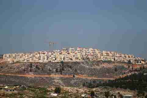 FILE PHOTO: A view shows the Israeli settlement of Psagot in the Israeli-occupied West Bank February 13, 2020. REUTERS/Ammar Awad/File Photo