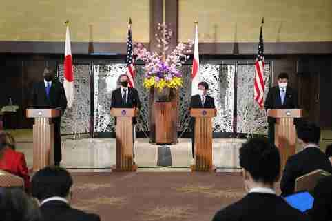 (L-R) US Defense Secretary Lloyd Austin (Lloyd James Austin III), US Secretary of State Antony Blinken (Antony John Blinken), Japanese Minister for Foreign Affairs Toshimitsu Motegi and Japan's Defense Minister Nobuo Kishi attend a joint press conference after US - Japan Security Consultative Committee at Iikura Guest House in Tokyo on March 16, 2021. All of them wear face masks amid a pandemic of the new coronavirus COVID-19.   ( The Yomiuri Shimbun )