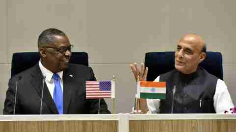 NEW DELHI, INDIA – MARCH 20: Indian Defense Minister Rajnath Singh and U.S. Defense Secretary Lloyd Austin sit to deliver a joint press statement at Vigyan Bhawan, on March 20, 2021 in New Delhi, India. Lloyd Austin arrived in New Delhi hours after a meeting between the foreign ministers and NSAs of the US and China in Alaska got off to a bumpy start, with testy exchanges between the two sides in full view of the media. The top officials from India and the United States Saturday said the two countries will expand their military engagement, underscoring a sign of strengthening defense ties between the two democracies amid China growing influence in the Indo-Pacific region. (Photo by Sonu Mehta/Hindustan Times/Sipa USA )No Use Germany.