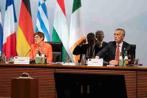Berlin, Germany.- German Defense Minister Annegret Kramp-Karrenbauer (left) and NATO Secretary General Jens Stoltenberg (right) attend a meeting of European Union defense ministers in Berlin, Germany on August 26, 2020. The meeting discusses missions and operations and the situation in Belarus and the eastern Mediterranean.