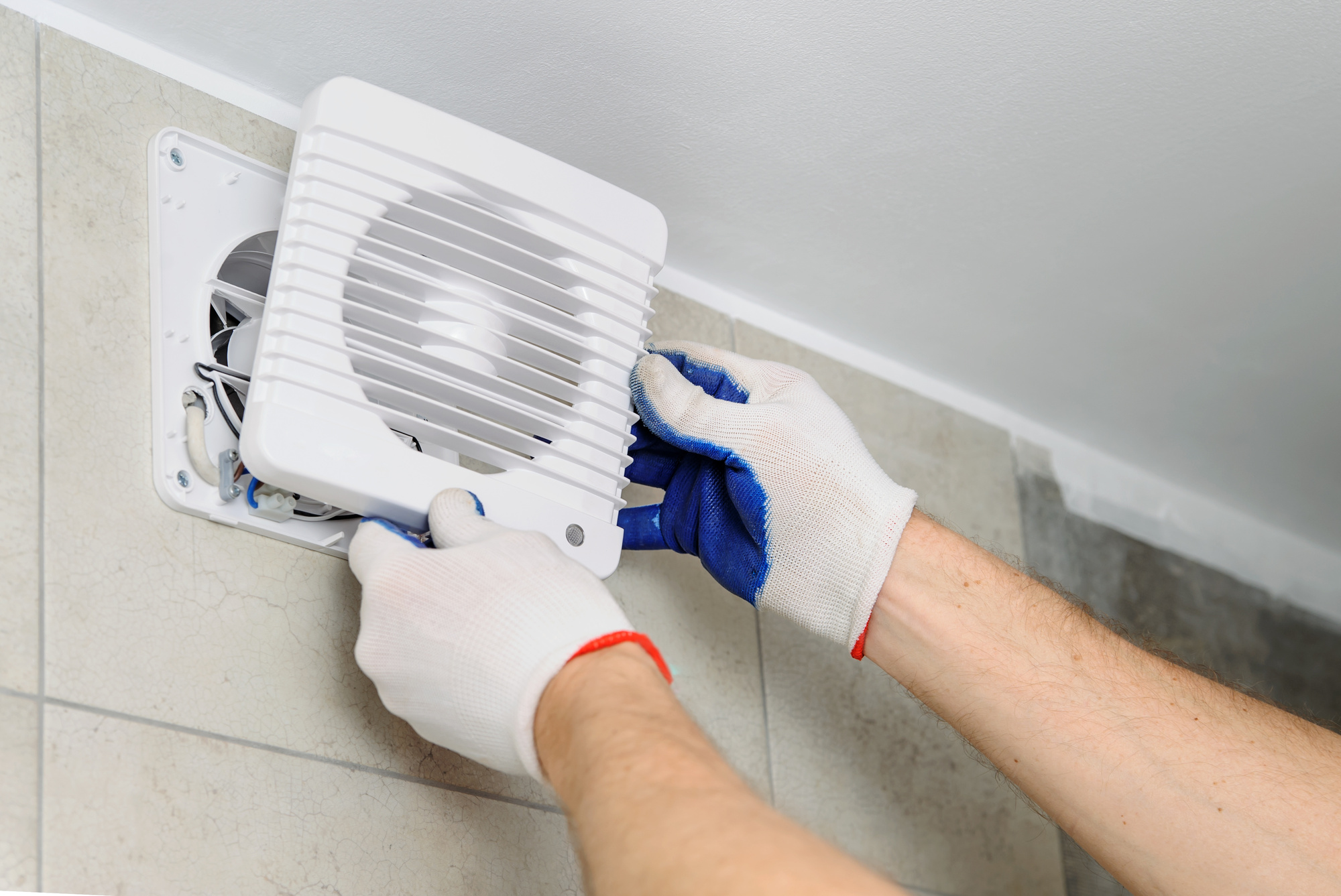 essential tips for cleaning commercial exhaust fans