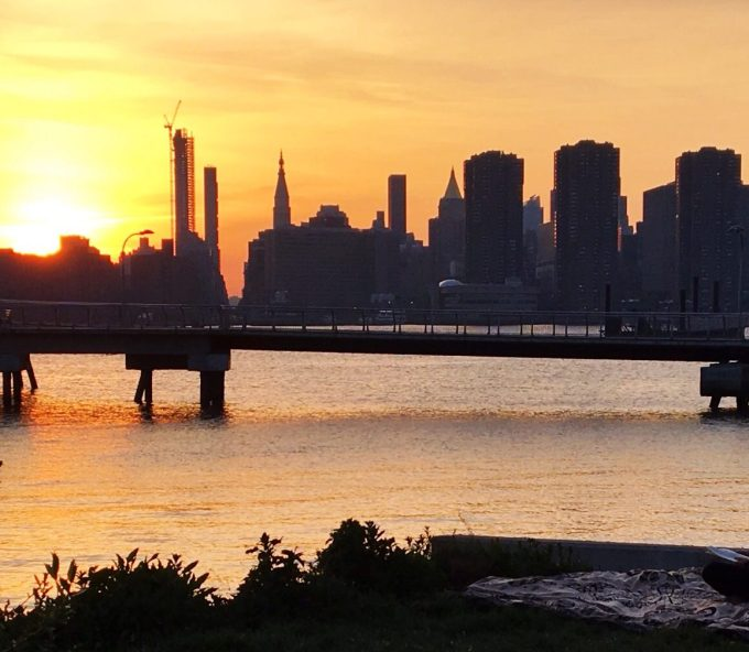brooklyn_barge_sunset