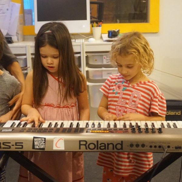MiniKeys Music Classes for Kids Ages 4 – 5