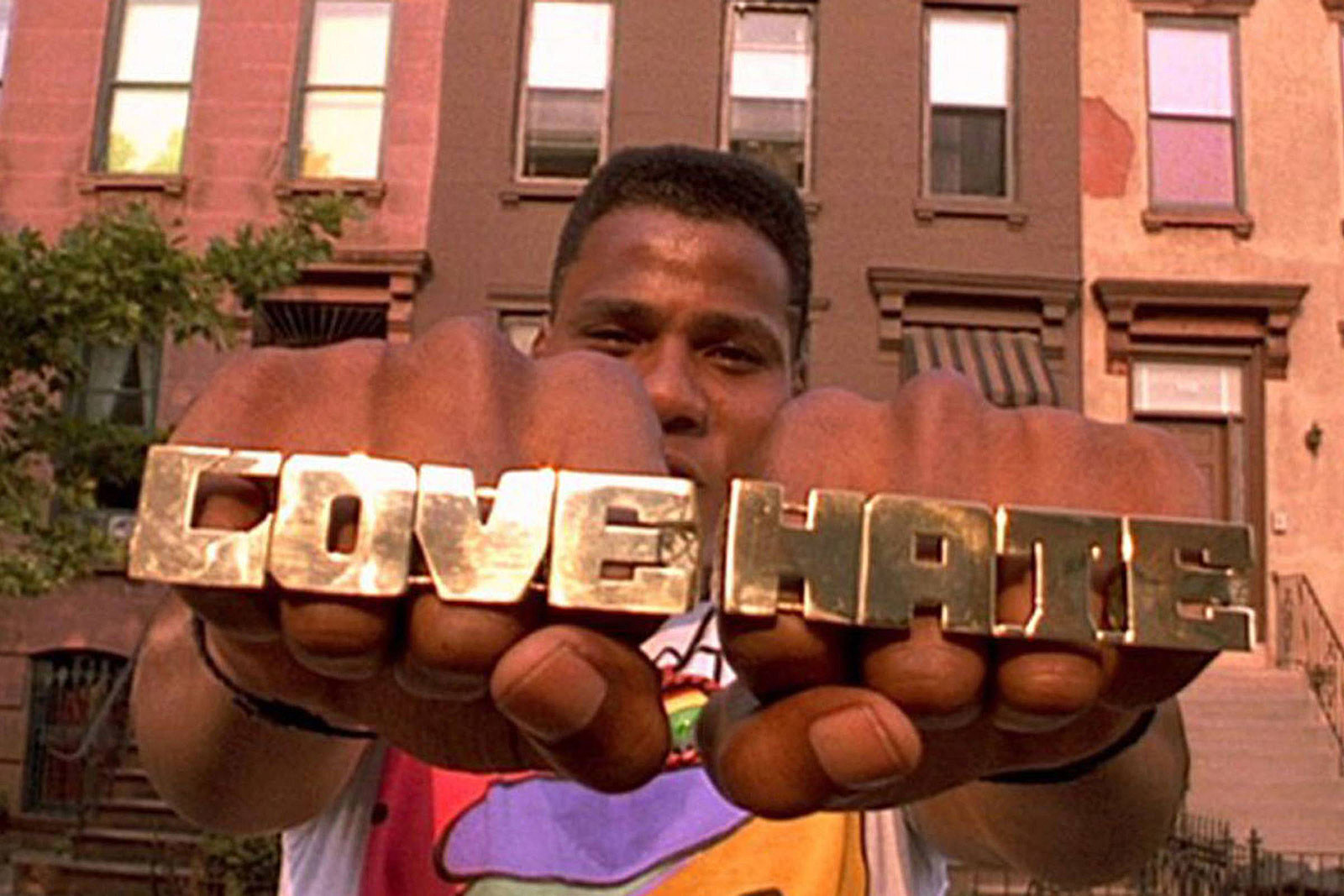 Spike Lee Celebrating Do The Right Thing With Bed Stuy