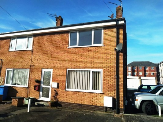 Westbourne Court, Knott End, FY6 0BE