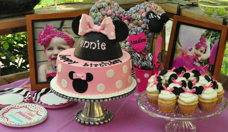 Minnie Mouse First Birthday Party Ideas Brought to You by Mom