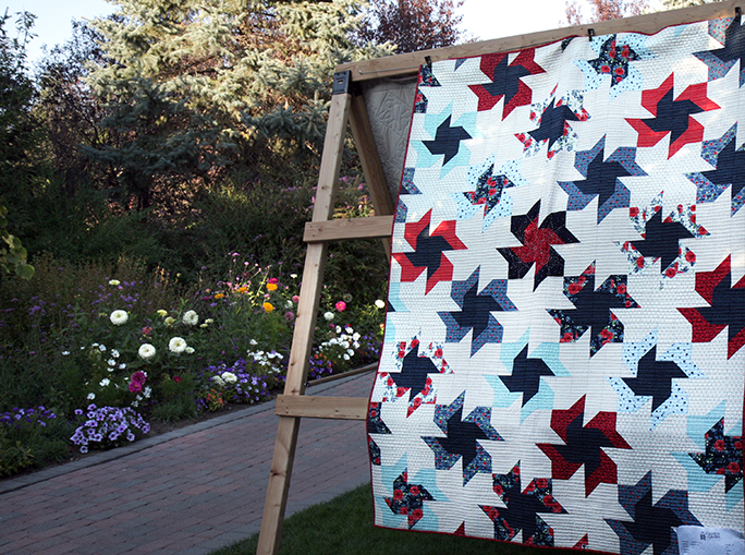 Double Pinwheel quilt by Elisabeth DeMoo